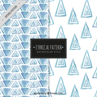 Padrões de triângulos de aquarela