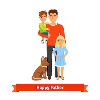 Pai segurando filho, filha em pé, localização de cachorro