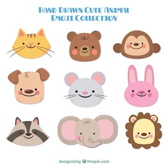 Seleção de animais bonitos desenhados à mão sorrindo