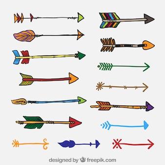 Setas coloridas no estilo desenhado mão