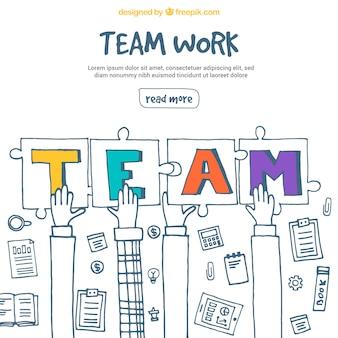 Trabalho em equipe com mãos e peças de quebra-cabeça