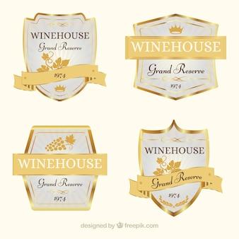 Variedade de etiquetas do vinho do ouro