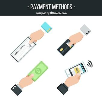 Variedade de mãos com diferentes métodos de pagamento