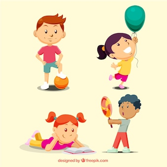 Bambini che giocano insieme
