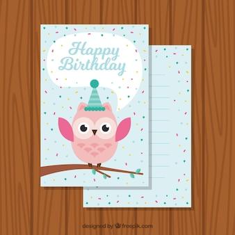Bella carta di compleanno con civetta e coriandoli