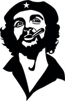 Che Guevara fumare e sorridente