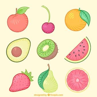 Confezione decorativo con deliziosi frutti