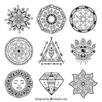 Confezione di disegnati a mano ornamenti etnici