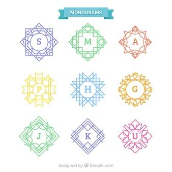 Confezione di monogrammi colorati