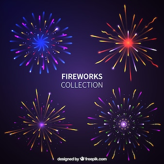 Diversi fuochi d'artificio luminosi