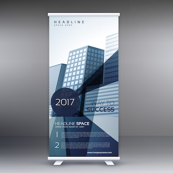 Elegante persona in piedi business moderno roll up modello di design di banner