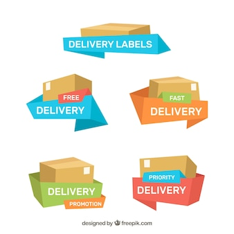 Etichette di consegna con scatole e nastri