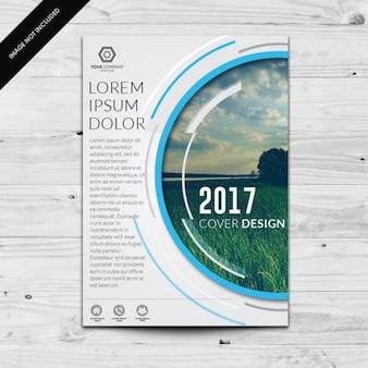 Modello di brochure a colori