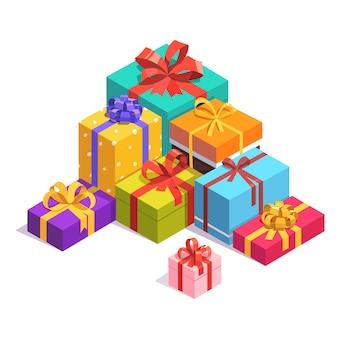 Mucchio di presente colorato e scatole regalo