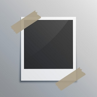 Photograme realistico con nastro adesivo