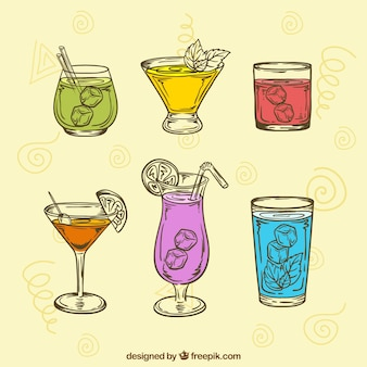 Raccolta di bevande disegnate a mano