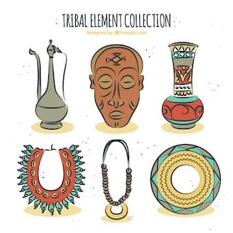 Raccolta di disegnati a mano oggetti decorativi etnici
