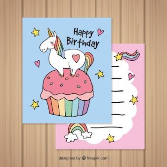 Schede di compleanno con unicorno e pastello disegnati a mano