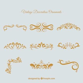 Serie di eleganti ornamenti calligrafici