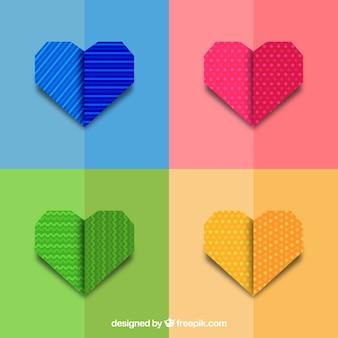 Set di cuori di origami colorati