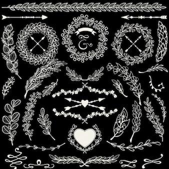Vettoriale Doodle elementi di disegno floreale impostato con le frecce allori e rami