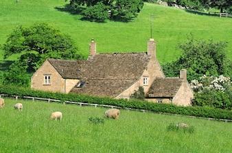 Boerderij in het Engels platteland van Cotswolds