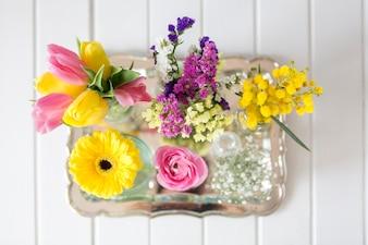Bovenaanzicht van verschillende soorten bloemen