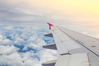Close-up van de vliegtuigvleugel
