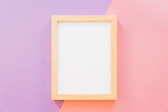 Frame op roze en paarse achtergrond