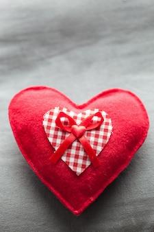 Hart gevormd kussen