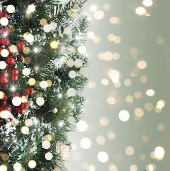 Kerstboom achtergrond met bokeh lichten
