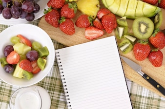 Keukentafel vol fruit