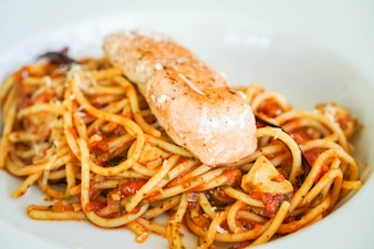 Knoflook Spaghetti Met Zalm