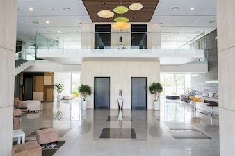 Lobby van condominium gebouw