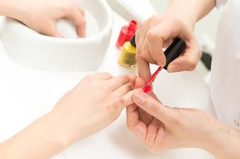 Manicure proces close-up