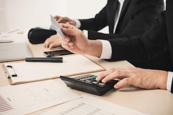 Marktstatistieken de hand winst kantoor
