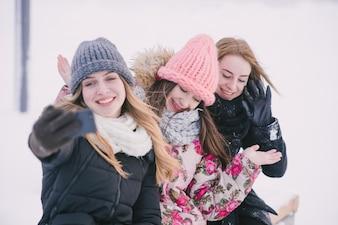 Meisjes in de natuur
