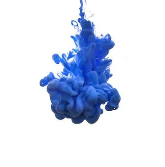 Mooie vlek van de inkt in water