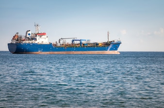 Onbekend Industrieel schip. Middellandse Zee