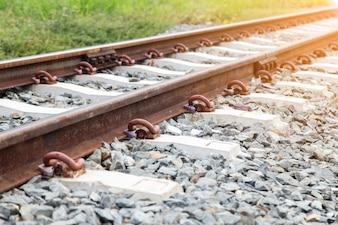 Oude roestige spoorwegbaan