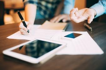 Partner papier teamwork vasthoudinrichting