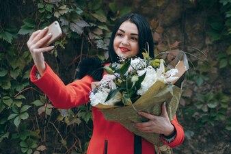 Persoon elegant gezicht bloemenmeisje