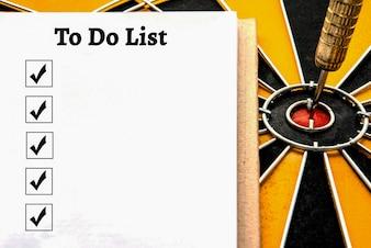 Persoonlijk notitieboekje met een te doen lijst en het vakje