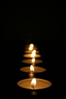 Rij van kaarsen