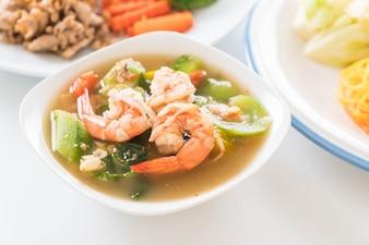 Thaise Pittige Gemengde Groentesoep Met Garnalen