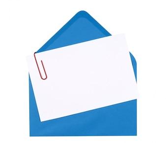 Uitnodigingskaart van de verjaardag met blauwe envelop