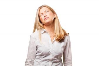Vrouw met verveeld gezicht