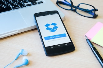 Web media service sociale browser host