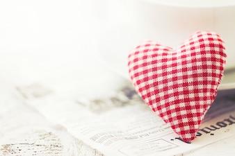 Wit en rood geruit hartvormige teddy