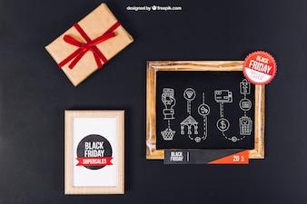 Zwarte vrijdag mockup met leisteen en frame